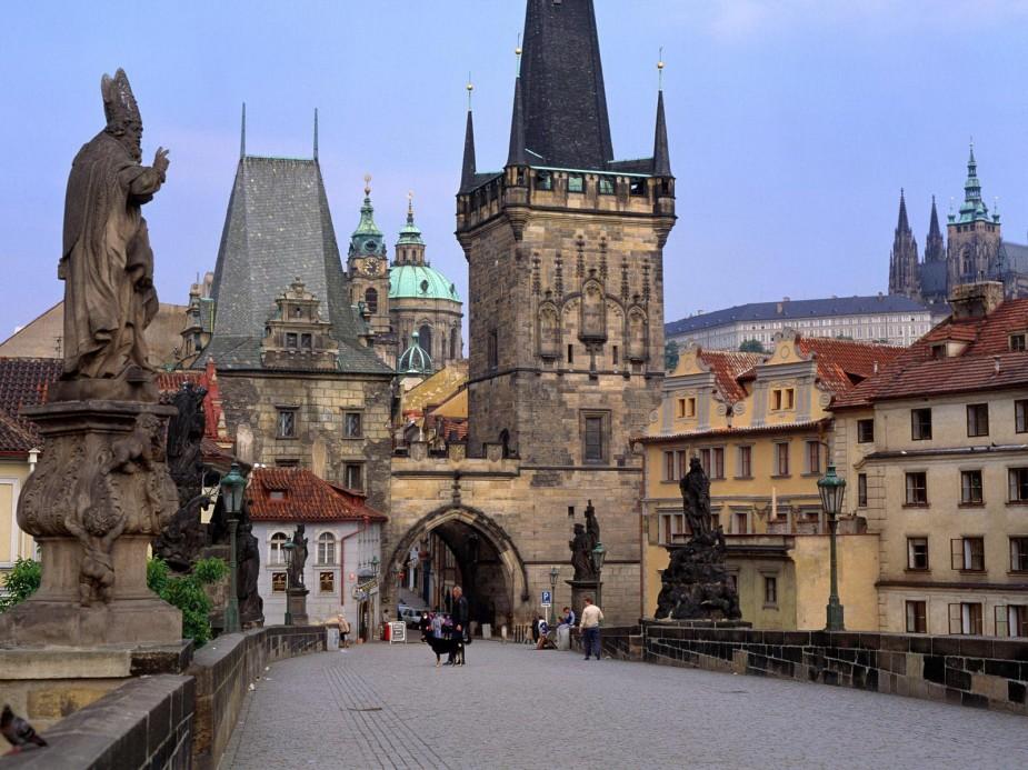 2013-PRAGA