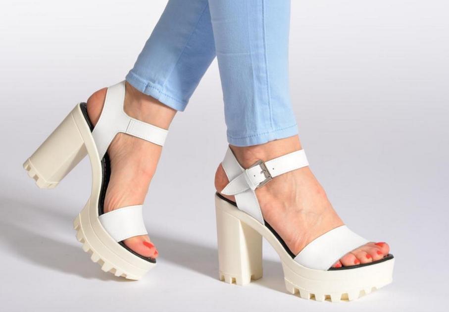 size 40 99c75 b5cc7 Manrepeller: i sandali con la para che piacciono a noi ma ...
