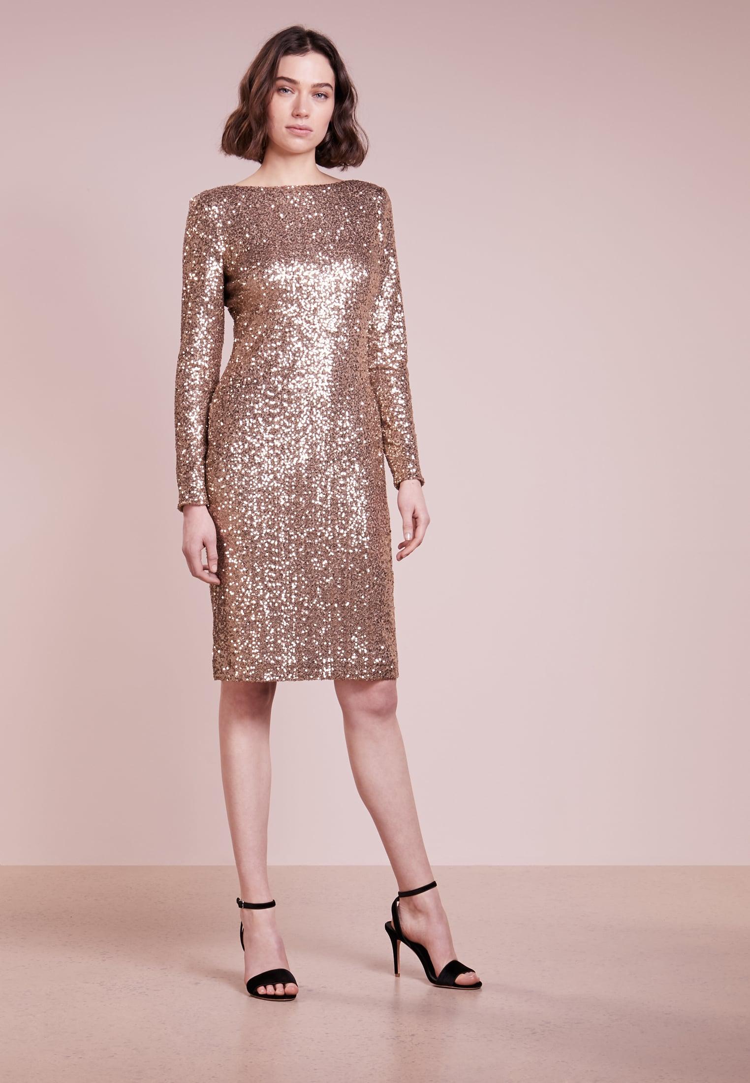 I vestiti che brillano  cosa scegliere per le serate di festa ... ba9e9e4a502